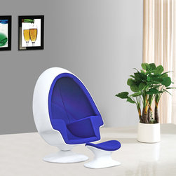 Alpha Shell Egg Chair and Ottoman - http://www.exclusivemod.com/