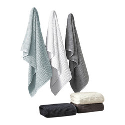 Luxor Linens - Speranza Luxury Towels, 3-Piece, Anthracite - Introducing the Speranza Luxury Turkish towels, strictly flawless! Made with 100% Combed Long Staple Turkish Cotton. Exquisite softness and powerful absorbency combined in a resilient towel. The geometric design in a sober color palette creates a modernist statement.