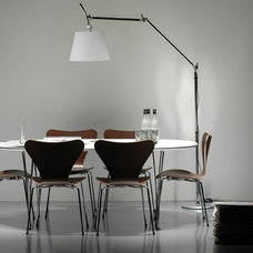 Modern Floor Lamps Tolomeo Mega Floor with Arne Jacobsen Table and Chairs