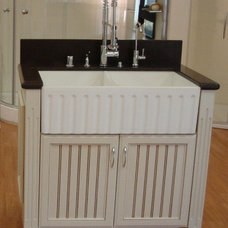Traditional Kitchen Sinks by Quality Bath