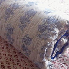 Quilts And Quilt Sets by Tilonia