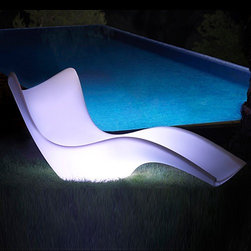 Vondom - Vondom | Surf Sun Chaise LED - Design by Karim Rashid, 2010.