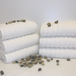 SALBAKOS - Maxima Turkish Combed Cotton Hand Towel (Set of 6) - This six-piece towel set gives your guests plenty of comfort when they bathe or wash their hands. Each towel is made of 100 percent Turkish cotton. The chunky ribbed weave is abrasive enough to get water and stray dirt off the hands.