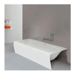 Aquamass - Aquamass | Una Gamba Strip Tub - Design by Michel Boucquillon.