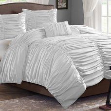 Traditional Bedding by Amazon