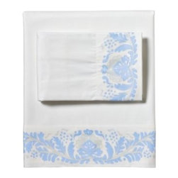 Serena & Lily - Odette Sheet Set Cornflower - A 1940s-inspired floral looks as fresh as ever in shades of cornflower and sky blue. The details (expertly printed along the edge) are so artful, you'd think the design was painted by hand. Bright white ground.