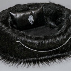 Lola Santoro Glam Gothic Black Dog Bed - Here's some gothic glam for the more modern and edgy home. I like the chain and fur details.