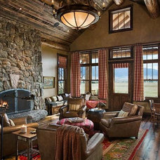 Eclectic Living Room by Design Associates - Lynette Zambon, Carol Merica