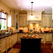 Kitchen Cabinetry by Cady Kitchens & Custom Cabinetry