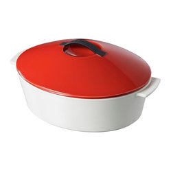 Revol - Revol Revolution Line Oval Cocotte with Lid Pepper Red - Free range cooking: You're free to use this revolutionary new cocotte on virtually any heat source, including stovetop gas, ceramic, glass, electric, halogen and induction … and of course, any kind of oven. All of which greatly expands your sphere of culinary potential.