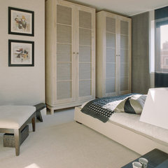 modern bedroom by SHH - Spence, Harris, Hogan Associates