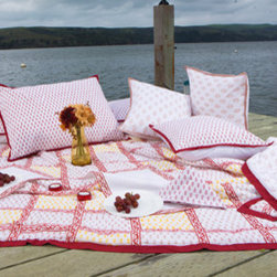 Attiser - Red Quilts - Classic Crimson Handmade Quilt as the decorative centerpiece for your beautiful room. These white and red Moroccan-inspired Indian comforters are the sort of simply elegant luxury cotton throws that Attiser brings to homes of the finest taste.