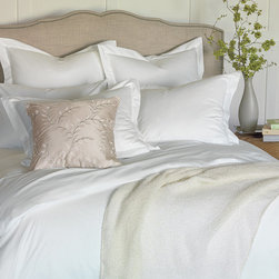 "Frontgate - Gianna Sheet Set - King: flat 115"" x 115""; fitted 78"" x 80"" x 17"". Cal King: flat 115"" x 115""; fitted 72"" x 84"" x 17""."