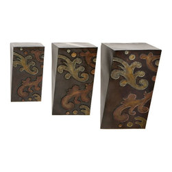 ecWorld - Decorative Metal Wall Shelf / Shelves (Set of 3) - The set contains three (3) shelves - makes a great house warming gift for that very special friend or family - or simply a wonderful contemporary home decor addition for your own home!