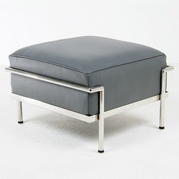 Modern Classics - Le Corbusier: LC3 Grande Ottoman Reproduction - Features: