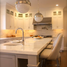 Traditional Kitchen by Shawna Feeley Interiors