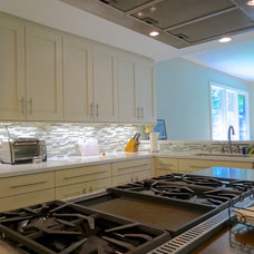 Contemporary Cooktops by Factory Builder Stores