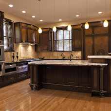 Traditional Kitchen by NEFF of Chicago Custom Cabinetry and Design Studio