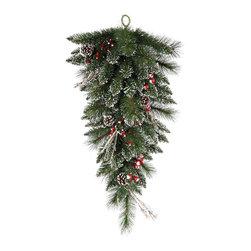 "Vickerman - Snow Tip Pine/Berry Teardrop 64T (30"") - 30"" Snow Tipped Pine/Berry Tear Drop  64 PVC Tips, Pine Cones, Vines and Berries"