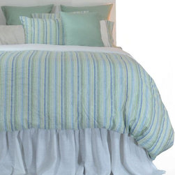 """La Mode Couture - Morning Mist Green King Duvet Cover 102"""" x 90"""" - Astonishing blend of colors woven in Europe. A soft touch of silver metallic fibers compliments our magnificent linen pattern. This charming assortment made of Linen will glamorize your space with endless fashion. Duvet cover has Linen internal ties to attach to comforter."""