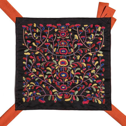Wrapping Traditions: Korean Textiles Now
