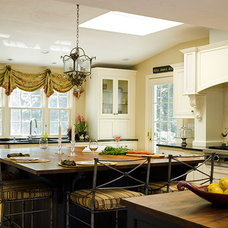 Traditional  by The Cabinetry