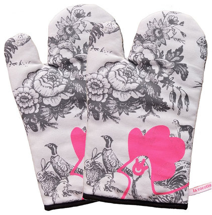 Contemporary Oven Mitts And Pot Holders by Bouf