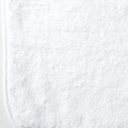 Metro White Bath Sheet - Crisp bias trim, professionally stitched to a rounded rectangle of pure white cotton terry, makes a casual but well-constructed towel a perfect choice for your home's bath. The thin borders, round corners, and fluffy cotton fibers of this towel add grace to a charming transitional design with a clean, unexpected appearance that's perfect rolled on a shelf or folded in a basket.
