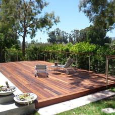 Contemporary Deck by TKO Structures