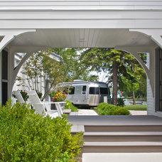Contemporary Porch Hedeman