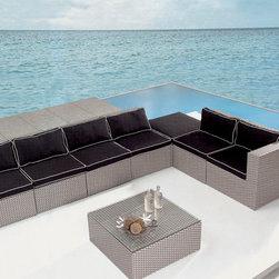 Saponaria Outdoor Sofa Set - Features: