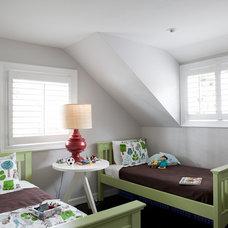 Modern Bedroom by Jenny Baines, Jennifer Baines Interiors