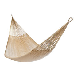 Yellow Leaf Hammocks - 'Big Sur' Hammock, Family-Size (Cap. 550lbs) - Family-Size | Inspired by its eponymous natural beauty, our 'Big Sur' Hammock is 100% handcrafted by artisan weavers for maximum comfort.