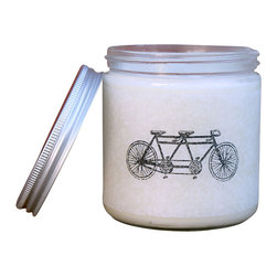 Glint Candles - Staycation - Cherry Blossom + Hydrangea Soy Candle 16Oz - A flirty blend of cherry blossom, citrus and subtle hydrangea make this one of our most sought after candles. Infused with blondwood and a touch of crisp apple, it brings the feeling of luxury and spontaneity. 100 hour burn time.