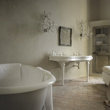 Photo from http://www.chateaudemoissac.fr/intimacy_unveiled.html