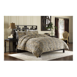 None - Leopard Faux Fur 3-piece Duvet Cover Set - Expertly woven from luxurious yarns in rich tones of brown,this unique faux fur duvet cover provides the comfort and softness of genuine fur. Versatile reversibility and neutral colors add decorative flair to any bedroom decor.