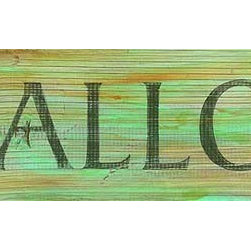 Red Horse Signs - Vintage Beach Signs Scallops - Add  a  bit  of  seafood  charm  to  beach  house  casual  kitchen  or  seaside  bungalow  with  the  Scallops  sign  printed  directly  to  distressed  wood.  Rustic  in  style  with  a  weathered  vintage  appeal  this  sign  measures  7x30  inches.