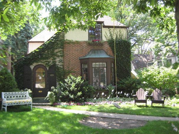 Houzzer childhood homes
