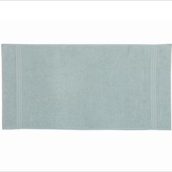 Hydrocotton Bath Towel, Porcelain Blue - An advanced weaving process results in thousands of fine, untwisted loops that make our Hydrocotton Towels up to 10 times more absorbent than traditional cotton terry. At a fluffy 550-grams, these Turkish cotton towels are supersoft and fast drying, too. 100% cotton. Monogramming is available at an additional charge. Monogram will be centered at one end of the bath and hand towels. Oeko-Tex certified, the world's definitive certification for ecologically safe textiles. Machine wash. Available in select stores. Imported.