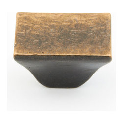 Schaub: Knobs and Pulls - Schaub Vinci Hammered Rectangular Cabinet Knob: