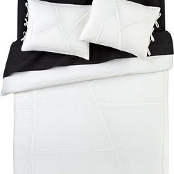 Deconstructed Bed Linens Duvet Cover - This looks super soft! It's perfect for winter layering.