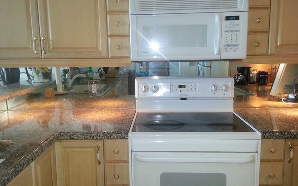 yes to mirror backsplash or no