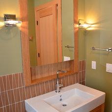 Traditional Bathroom by Patricia Brennan Architects