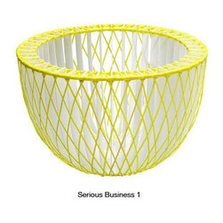 Serious Business By Thomas Eyck - The Serious Business by Thomas Eyck is a weaving basket created by willow wood and plastic. The fresh and innovative approach resulted a bright color bowl, which is perfect for any table setting.