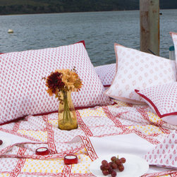 Attiser - Classic Crimson Bedding - Classic Crimson Handmade Quilt as the decorative centerpiece for your beautiful room. Hand Block Printed from Attiser