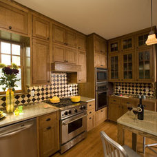 Craftsman Kitchen by Clawson Architects, LLC