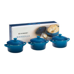 Le Creuset - Le Creuset Stoneware, 3 Mini Round Casserole Gift Set - Presented in a charming gift box, this set of three Mini Cocottes is perfect for serving single portions of side dishes or desserts. Whether used at mealtime or simply to fill empty counter space, the Mini Cocottes bring attractive color and classic Le Creuset style to the kitchen or the table.