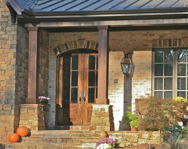 Traditional Exterior by Scott Daves Construction Co., Inc