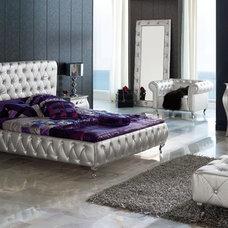 Modern Beds by Designer Furniture