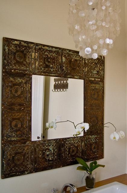 Eclectic Bathroom by Soledad Alzaga